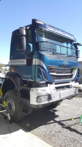 Geraldine_Signs-Four_Peaks_Transport-Truck