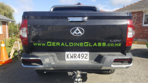 Geraldine_Signs-Geraldine_Glass-Ute