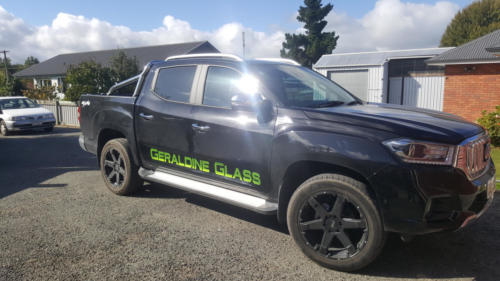 Geraldine_Signs-Geraldine_Glass-Ute2