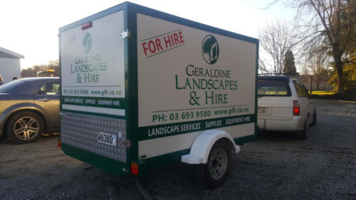 Geraldine_Signs-Landscape_Services-Trailer
