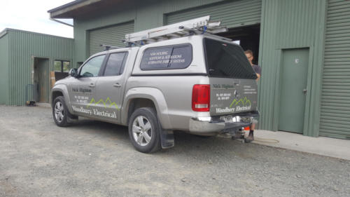 Geraldine_Signs-Woodbury_Electrical-Ute2