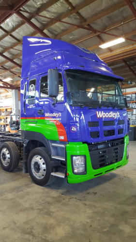 Geraldine_Signs-Woodleys-Truck5