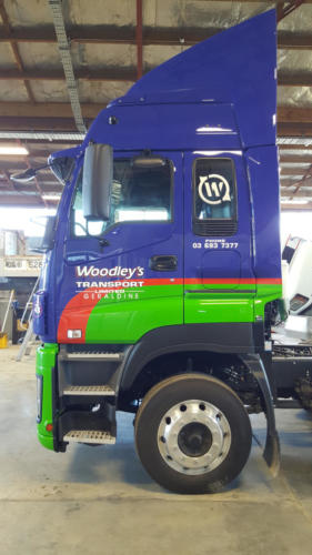 Geraldine_Signs-Woodleys-Truck7