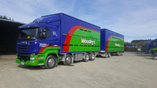 Geraldine_Signs-Woodleys-Truck_&_Trailer
